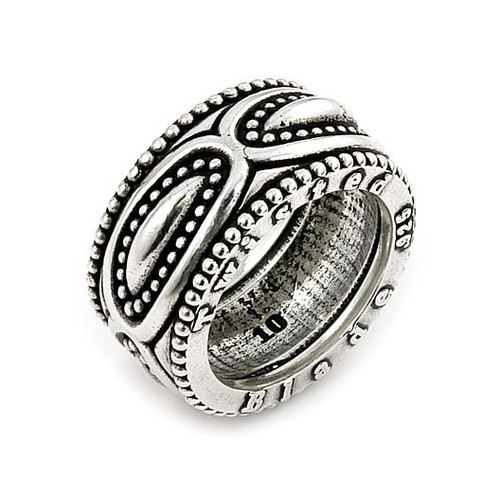 TWISTED BLADE SILVER MARQUISE PATTERN BAND RING