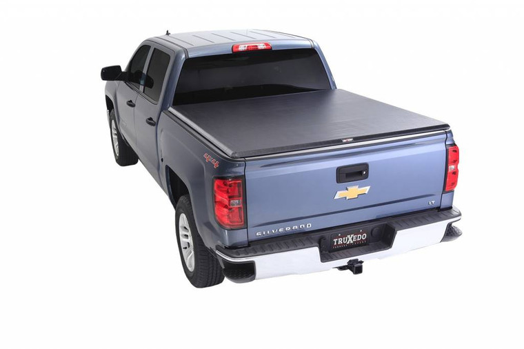 "TruXedo TruXport 2014 GMC Sierra & Chevrolet Silverado 1500 5'8"" Bed"