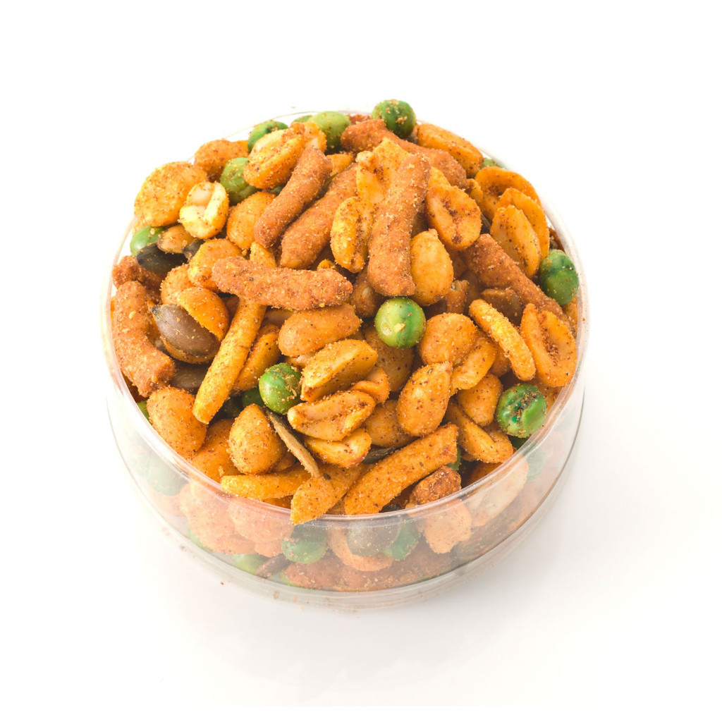 One of austiNuts favorites! If you love a little heat you will love this treat! Contains: Hot & Spicy peanuts, Spicy Pumpkin Kernels, Fried Green Peas, Cajun Corn Sticks, Sesame sticks.