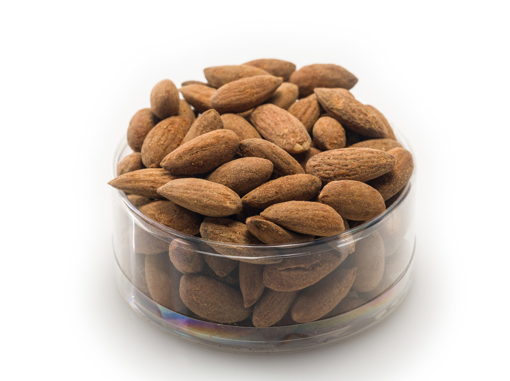 Cayenne Almonds