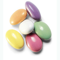 austiNuts Jordan Almonds come in gorgeous pastel colors to complement parties, weddings and more.