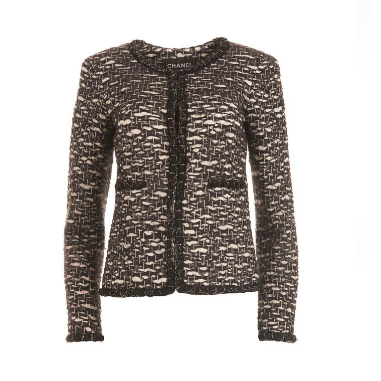 Women Chanel Classic Tweed Jacket Black & White - Size S  Black US 4 FR 36