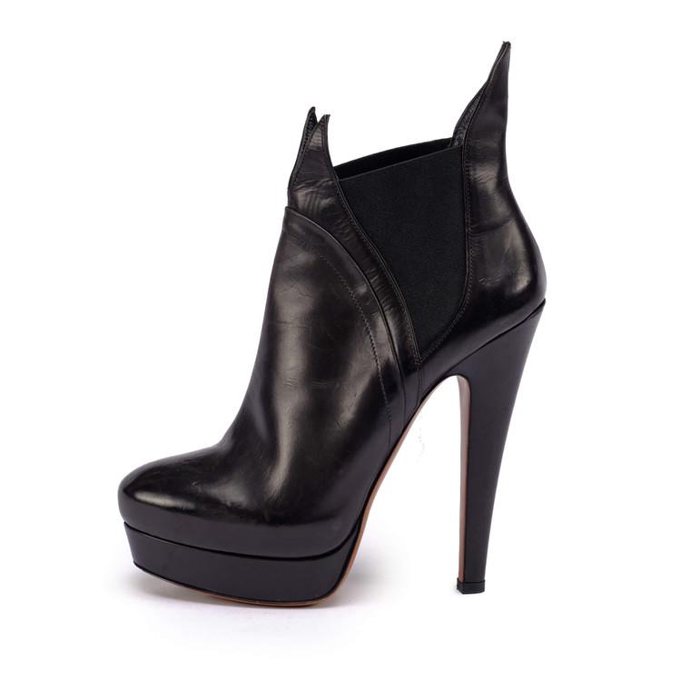 Women Alaïa Stiletto Ankle Bootie Black -  Black Size 38 US 7