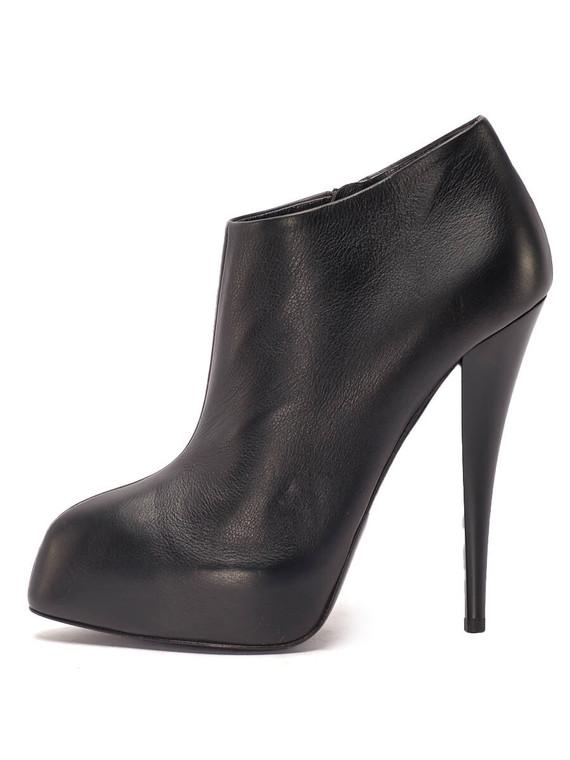 Women Giuseppe Zanotti Ankle Booties -  Black Size 38.5 US 8.5