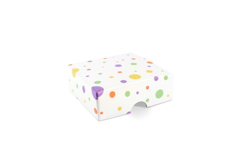 4 Choc Fold-up Lid in Spots and Dots Polka Design