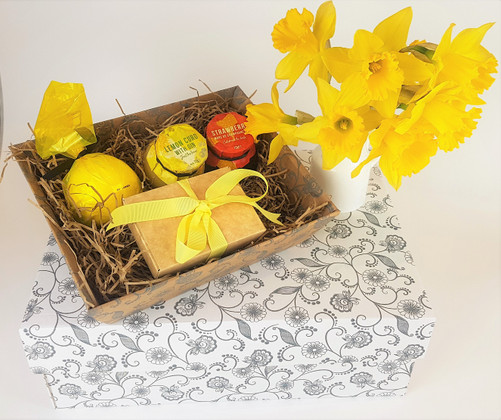 5 Reasons to buy our Hamper trays and gift boxes