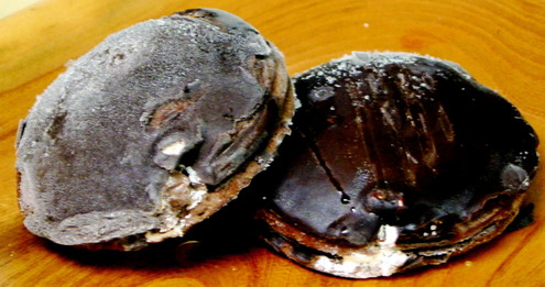 Sugar Free Chocolate Donuts with Vanilla Cream - No Transfat, Saturated Fat or Cholesterol!, Contains 6 donuts about 1.4 lbs