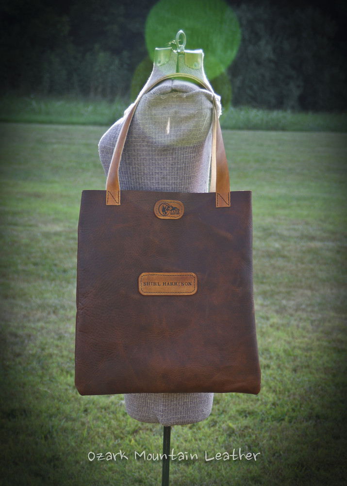 personlized leather bison and vegetable tanned tote bag.  perfect for everyday use to carry all your essentials.  Custom leather bag with name or initials makes a great gift idea