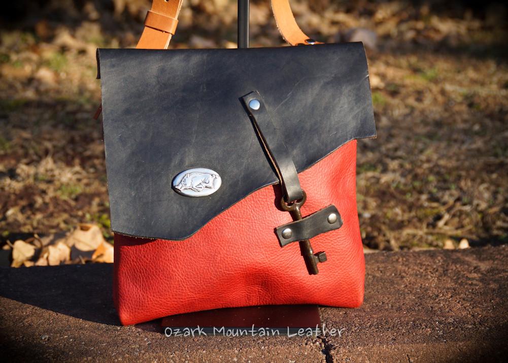 Razorback crossbody leather bag handmade by Ozark Mountain Leather.  One of a kind.