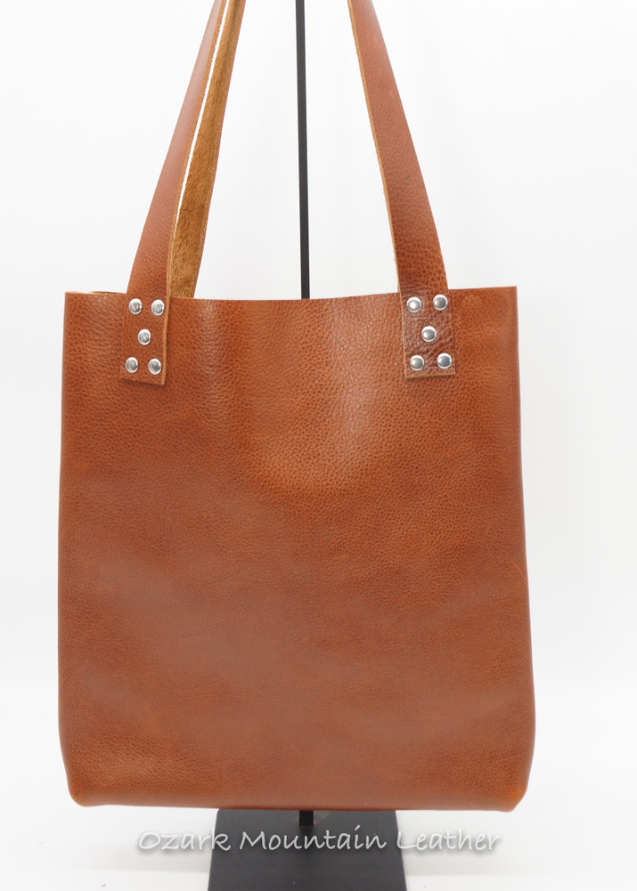 Tan leather tote bag.   Great everyday bag