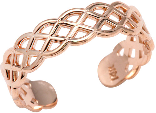 rose gold trinity toe ring, available in 14k or 10k.  Proudly made in the U.S.A.