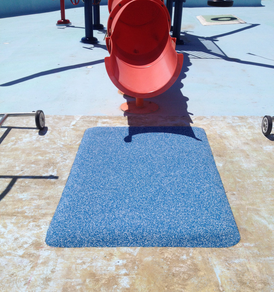 3' X 4' Safety Surfacing Landing Pad