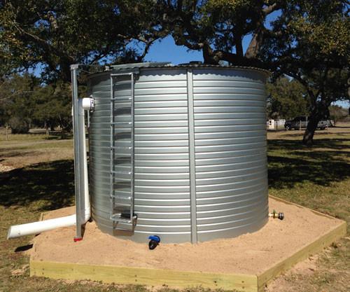 Model XL01 Pioneer Water Storage Tank - 3,000 Gallons