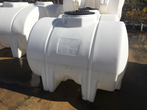 525 Gallon White Horizontal Leg Tank 1.9 (32402-Clearance)