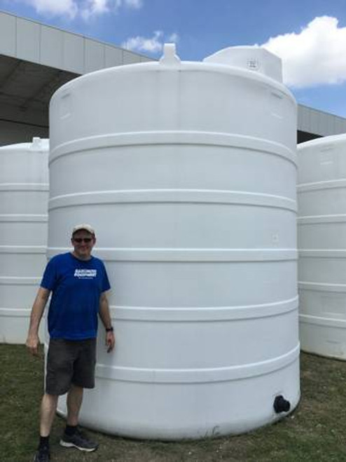 """6500 Gallon White 1.9 Liquid Storage Tank - NEW """"Blemished"""" (52425-Clearance)"""