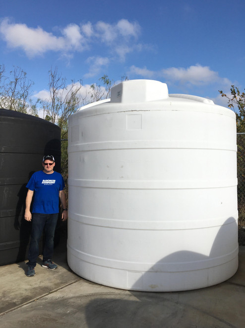 5000 Gallon White 1.5 Liquid Storage Tank (32363-Clearance)
