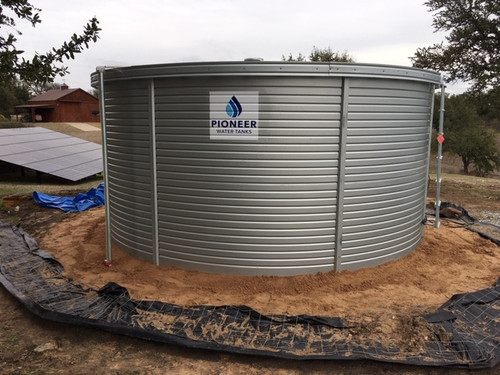 10K Gallon - Pioneer Water Storage Tank - Model XL08 with fascia