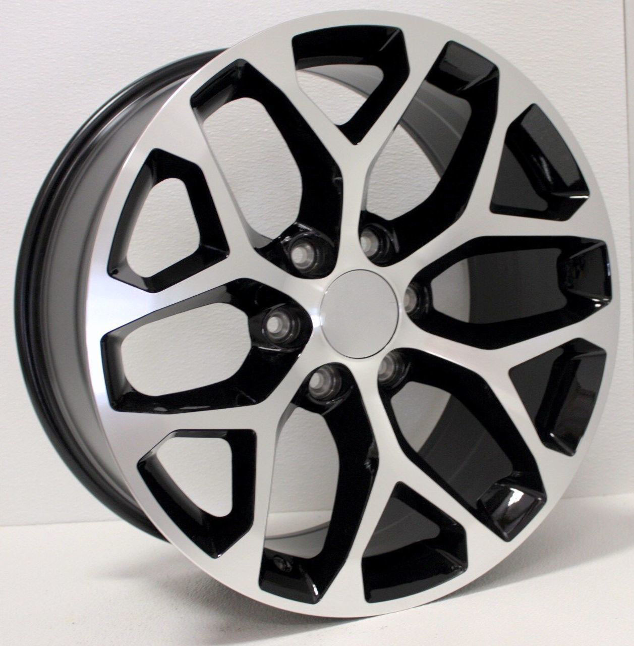 22 Inch Tires >> Chevy 22 Inch Black And Machine Snowflake Rims For Silverado Tahoe