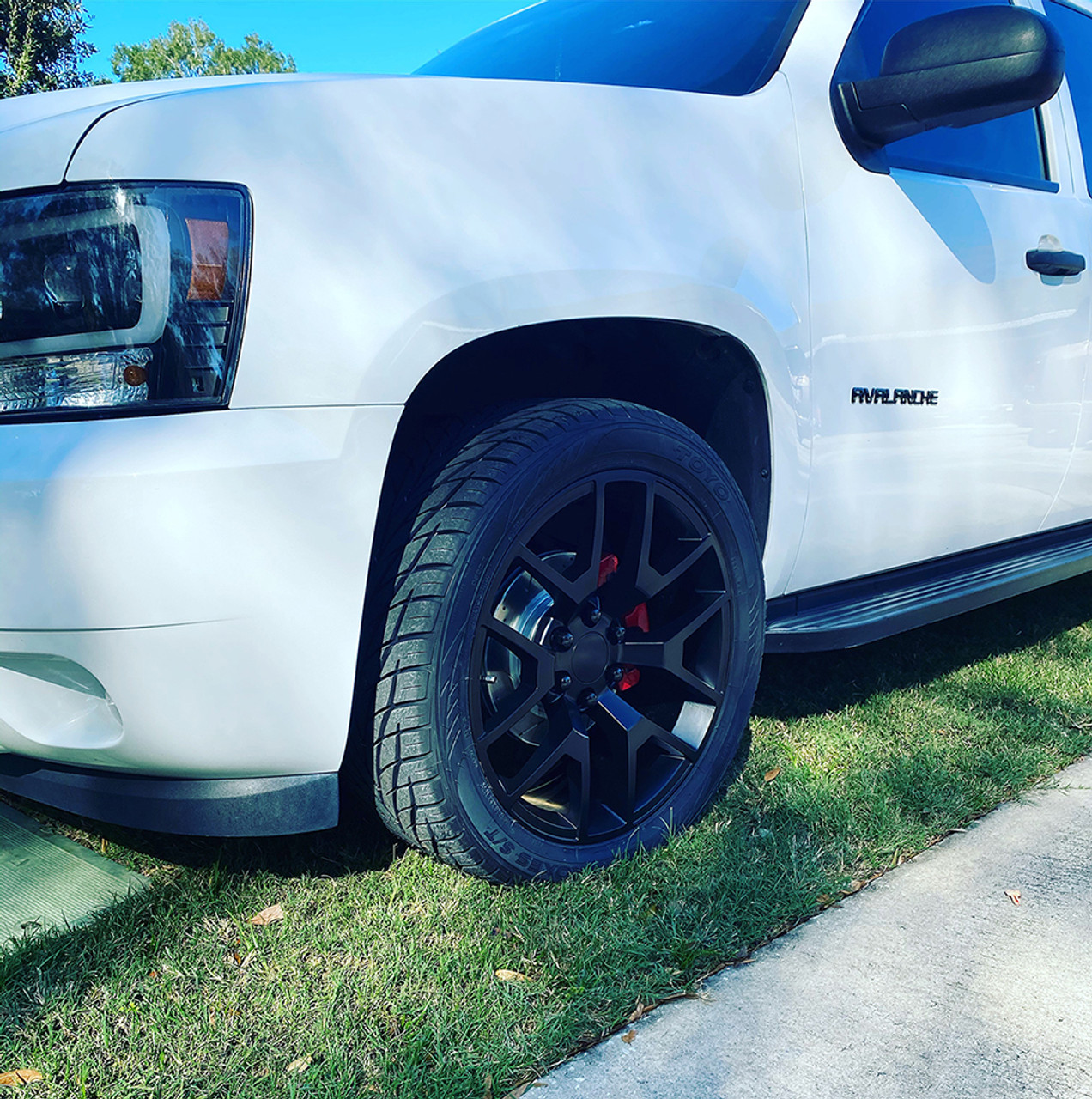 Gmc Honeycomb Matte Black 22 Inch Wheels