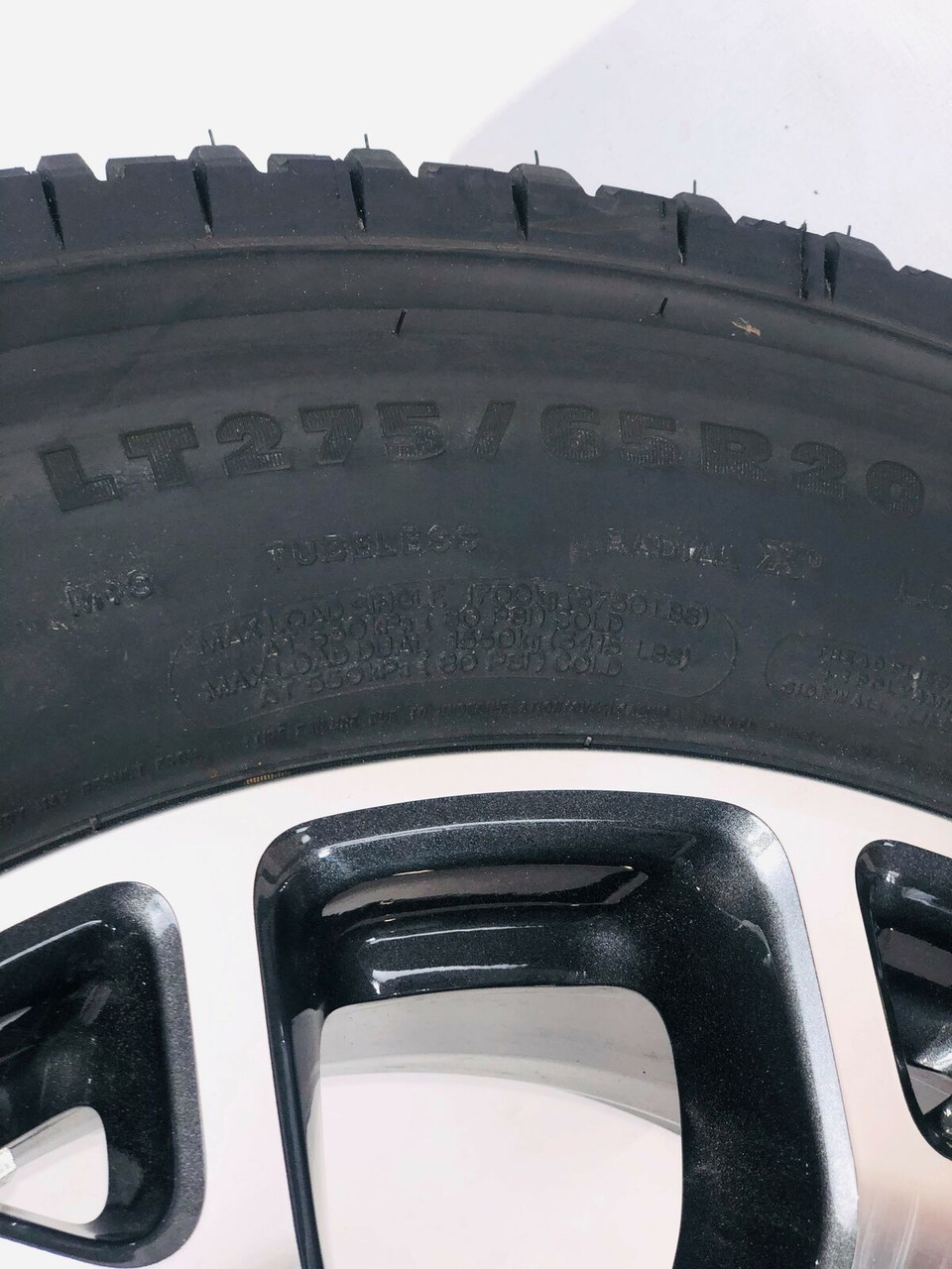 """Takeoff Ford F250 F350 Super Duty 20"""" OEM Machine and Gunmetal Wheels with Michelin Tires 2005-2021"""