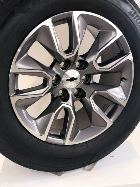 "New Takeoff 20"" Chevy Silverado Gunmetal and Machine Wheels With Bridgestone Tire"