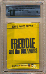 1965 Donruss Freddie And The Dreamers 5 Cents Wax Pack GAI 9 MINT  #*  ""
