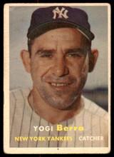 1957 Topps #2 Yogi Berra Very Good  ID: 235406