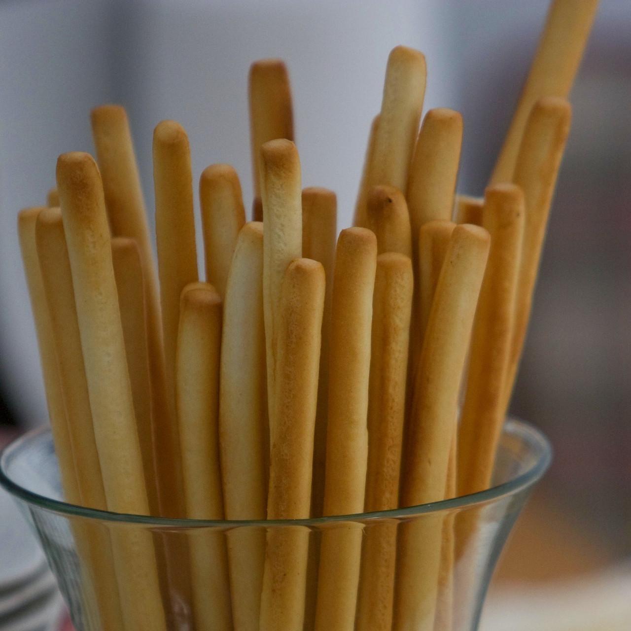 Plain Breadsticks 125g
