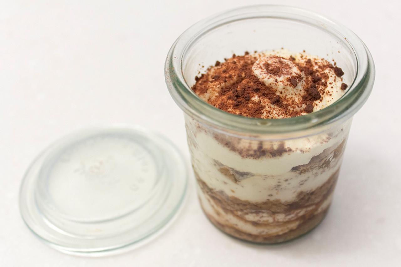 Yoghurt Pot Tiramasu