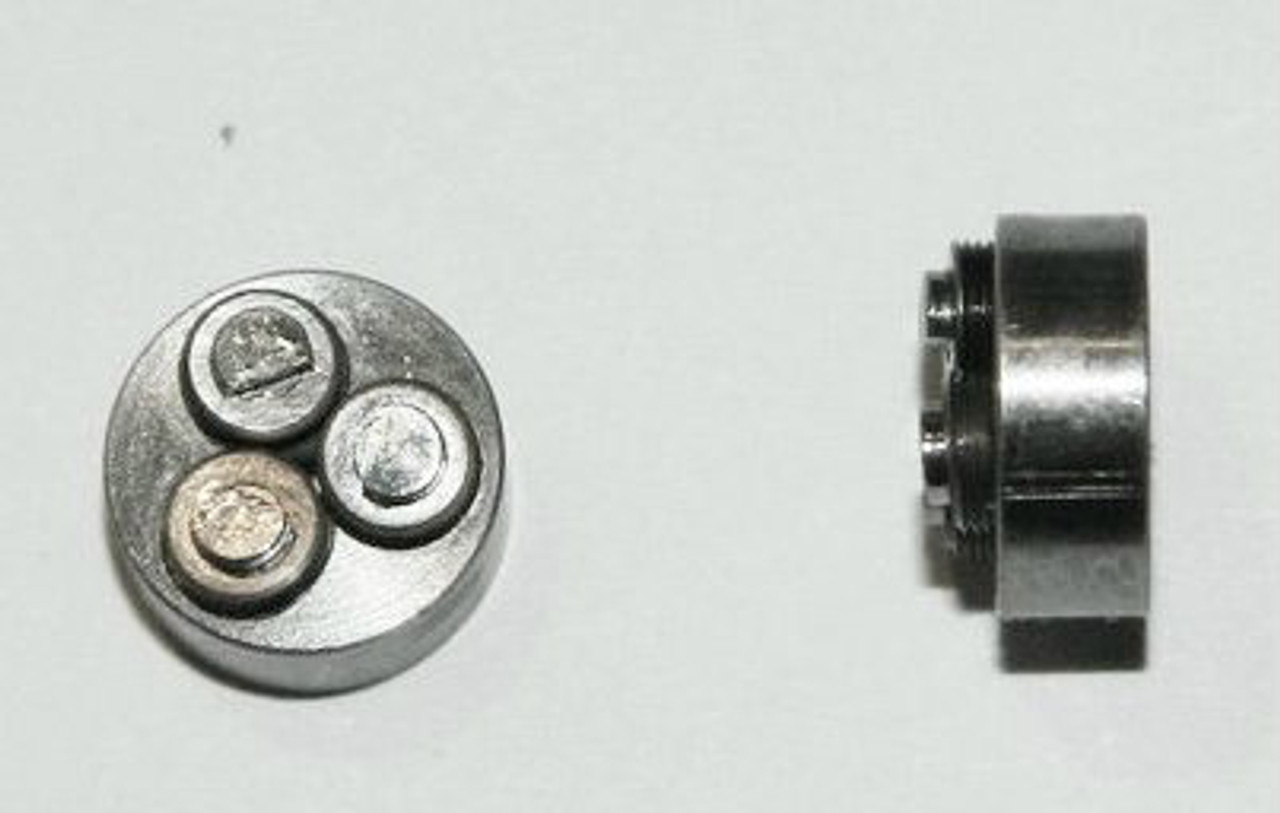 Metric Thread forming roll die M.8 also called 0.80UNM (Right Hand thread) Habegger brand style: Non-Adjustable body diameter 8mm, Total Height 43mm with  three Rollers made of High speed Steel then hardened. Image is representative of part in our stock.