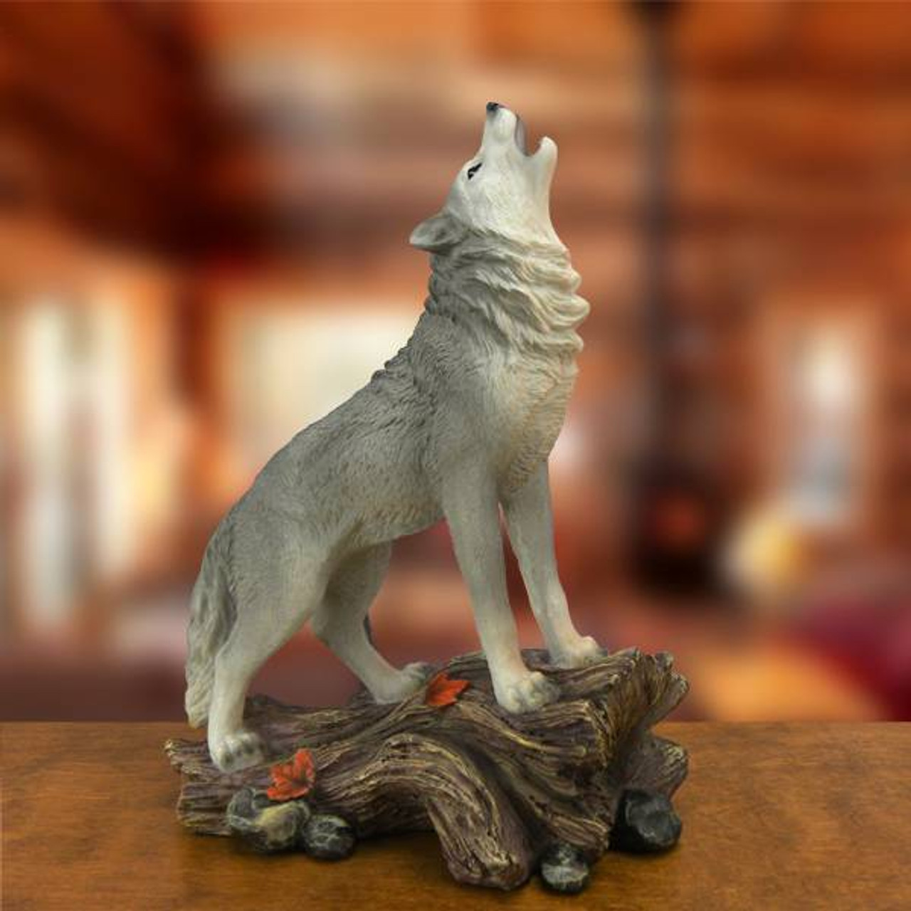 Howling Wolf Statue Mountain Scene Hand Painted Rustic Cabin Wildlife Decor New