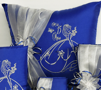 Quinceanera Pillows Set, two pillows