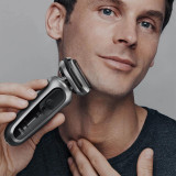 Electric Shaver, Series 7, Silver with SmartCare center and precision trimmer, 7071cc