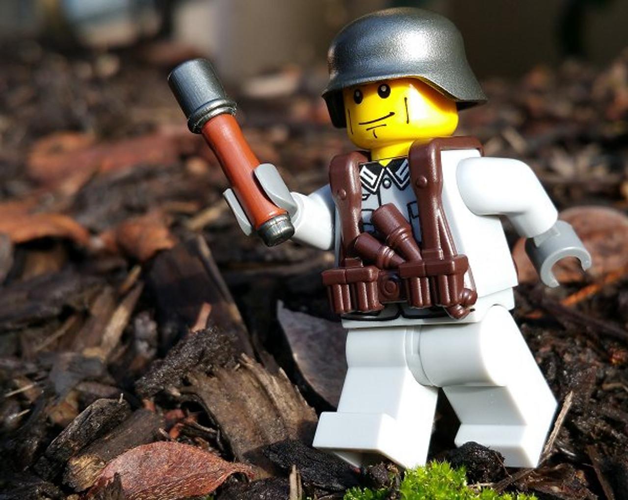 BrickArms German Grenadier - WWII Field Gear