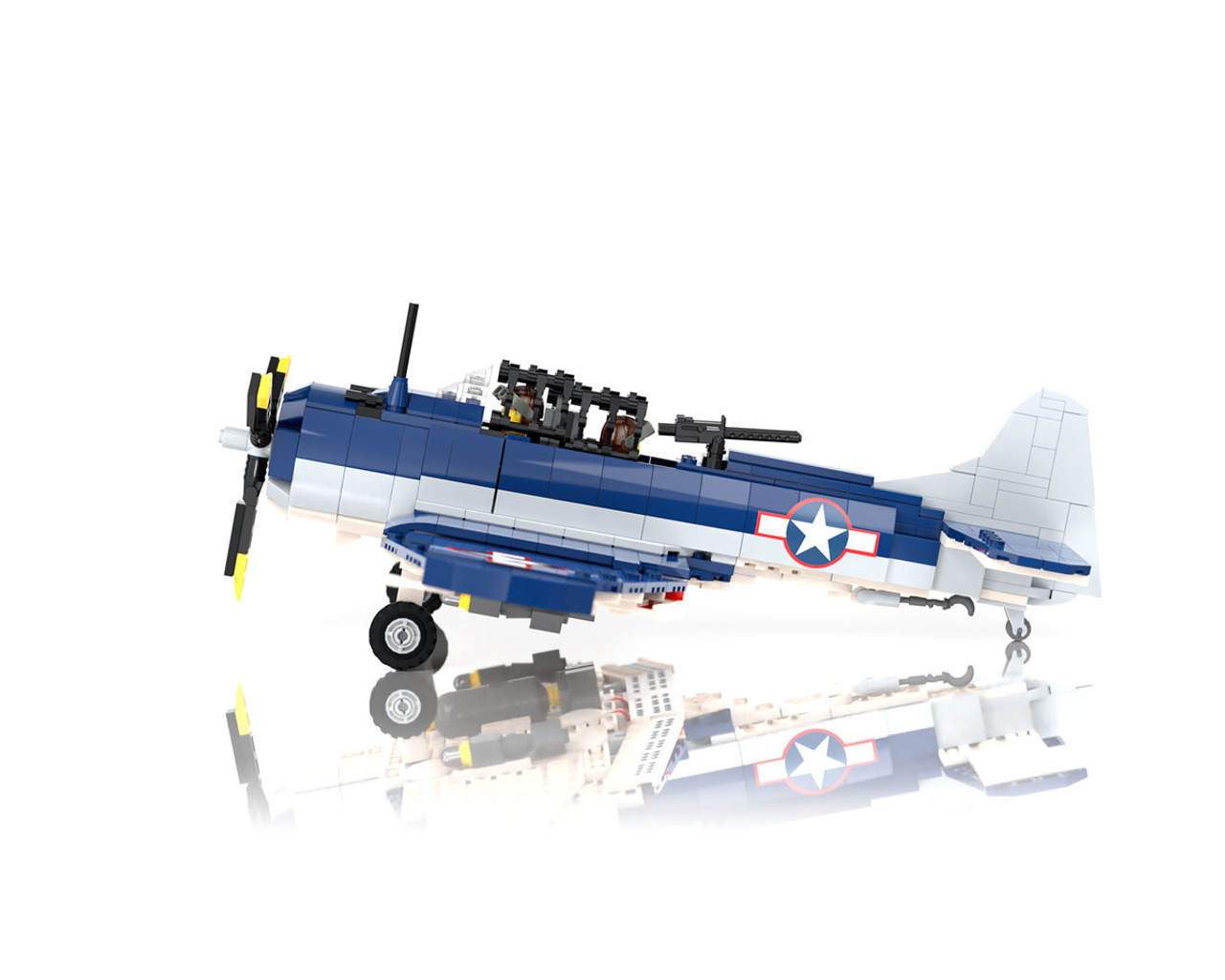 SBD-5 Dauntless - WWII Carrier-Based Scout/Dive Bomber