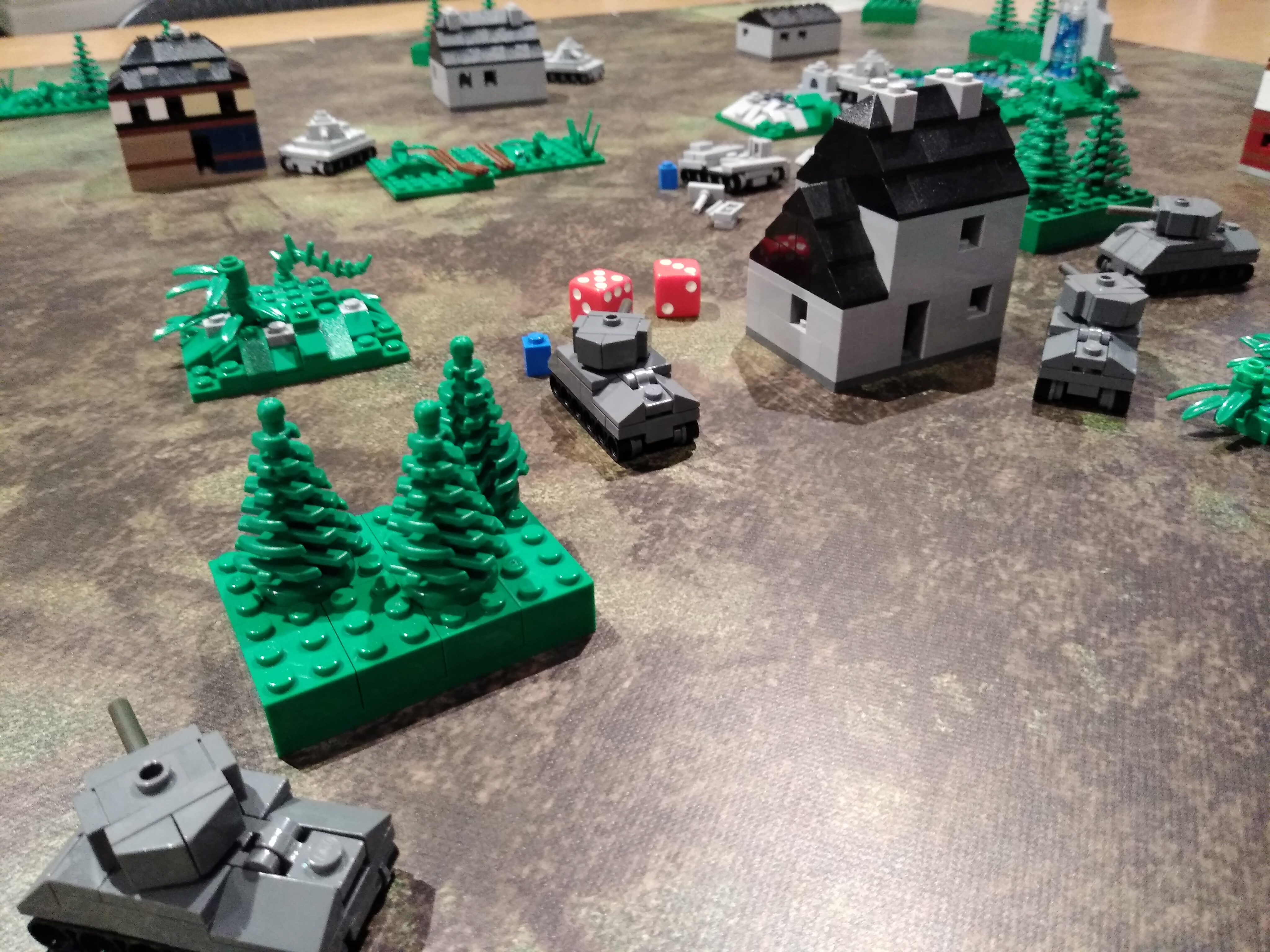 micro-brick-battle-game-night.jpg