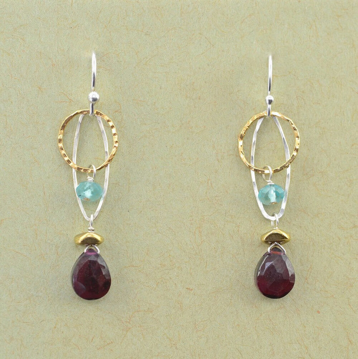 Elegant garnet and apatite earrings: view1