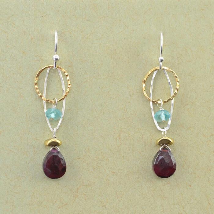 Elegant garnet and apatite earrings: view1