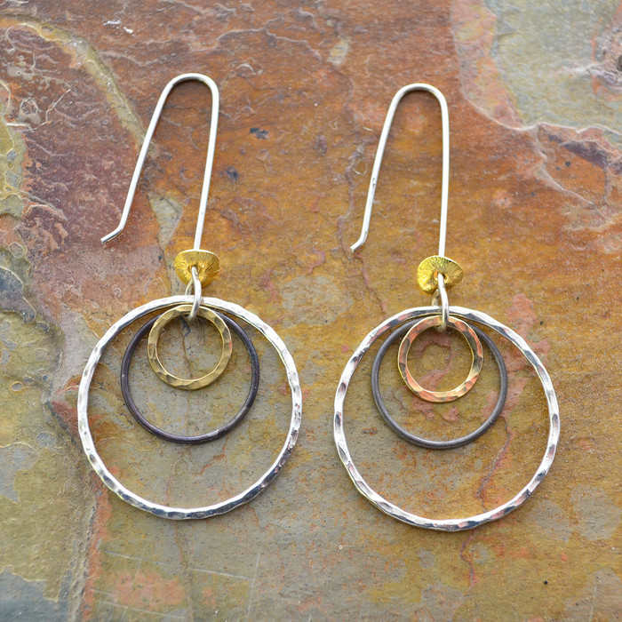 Encompassed circles earrings: view 1