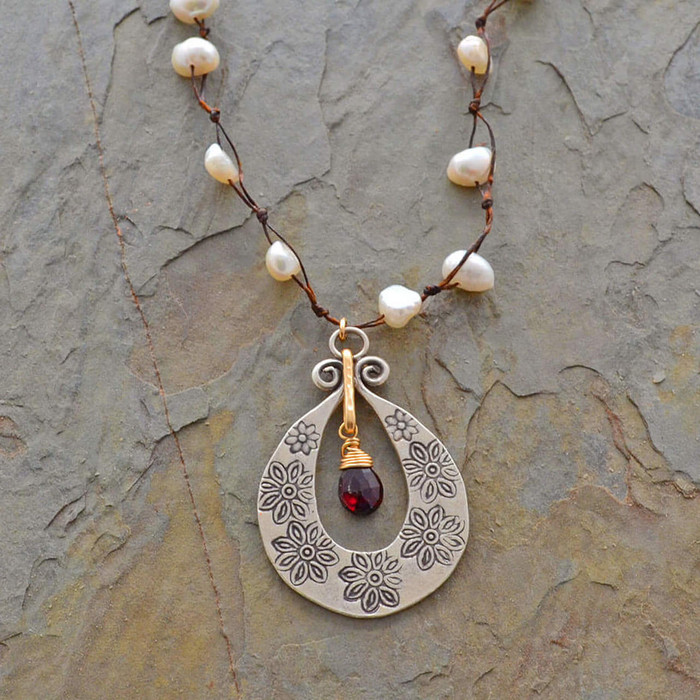 Unique red garnet and pearl necklace: view 1