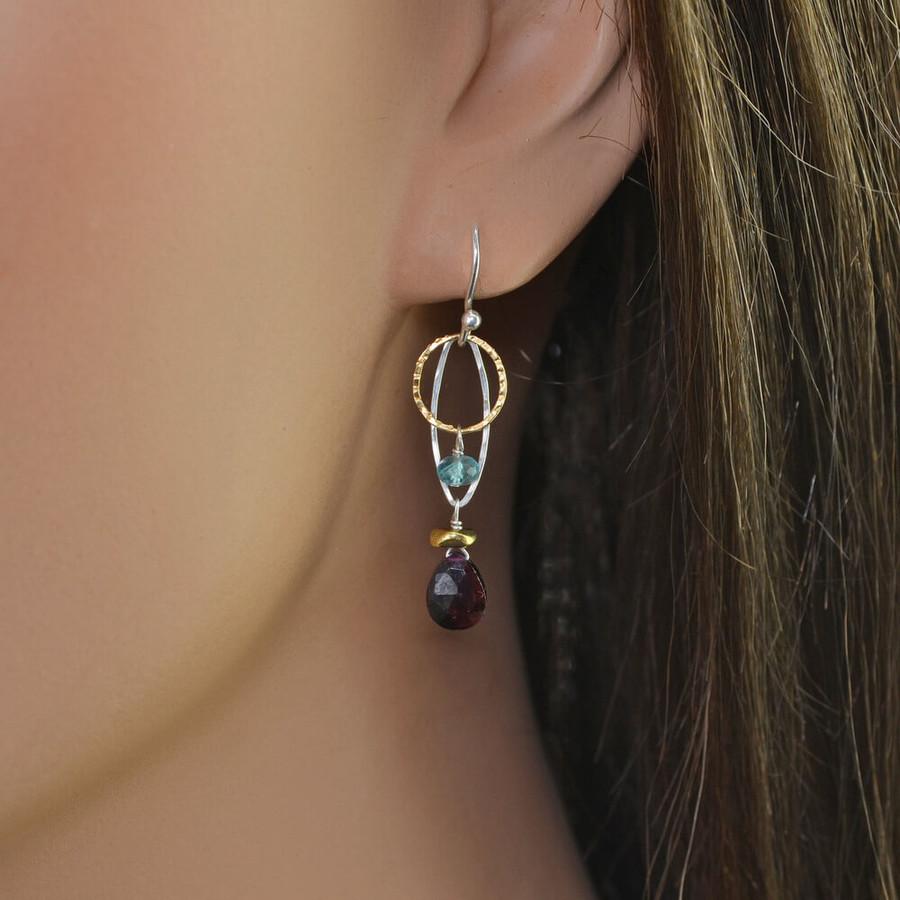 Elegant garnet and apatite earrings: view2