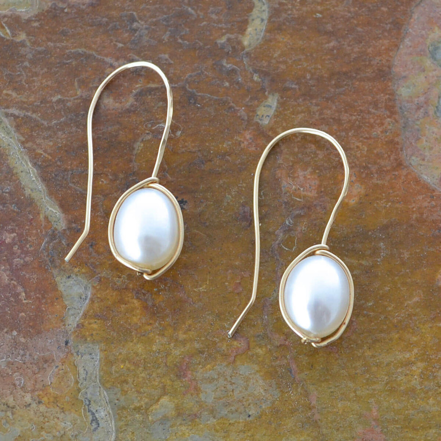 handmade delicate earrings with freshwater pearls: view 1