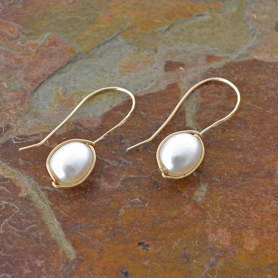 handmade delicate earrings with freshwater pearls: view 2