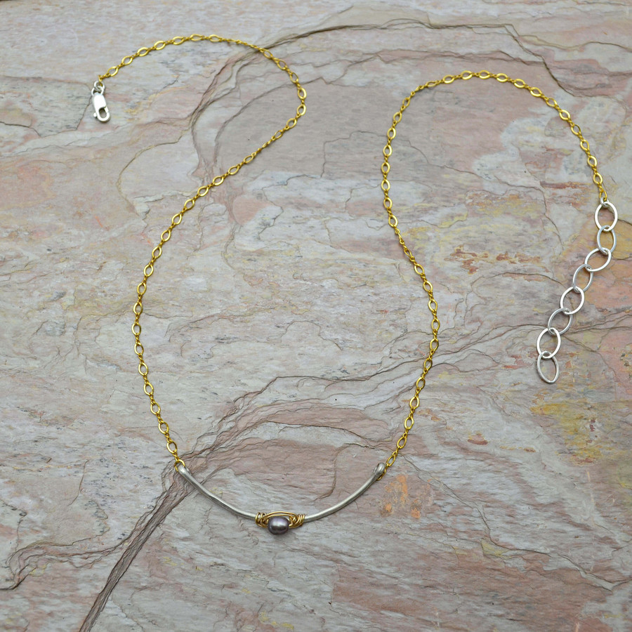 Arched Pearl Gold Chain Necklace