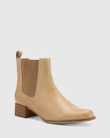 Baelans Camel Leather Block Heel Chelsea Ankle Boot.