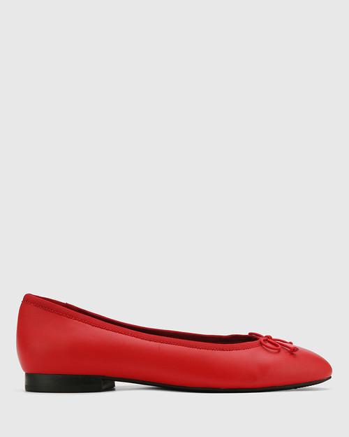 Aroma Red Leather Ballet Flat. & Wittner & Wittner Shoes