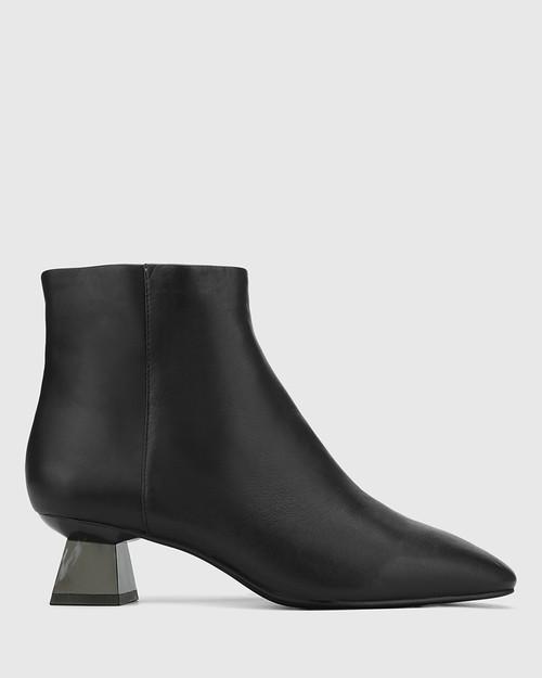 Gotham Black Leather Sculptured Heel Ankle Boot. & Wittner & Wittner Shoes