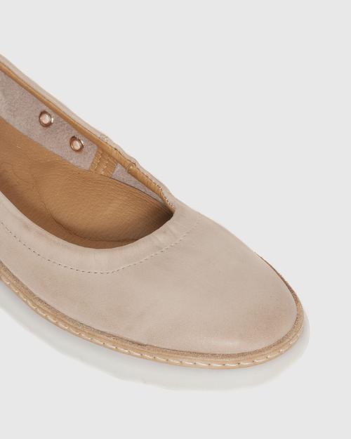 Ease Blush & Rose Gold Leather Almond Toe Flat. & Wittner & Wittner Shoes