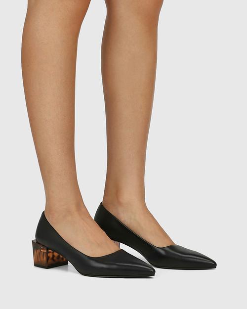 Greece Black Leather Tortoiseshell Pattern Heel Pump.