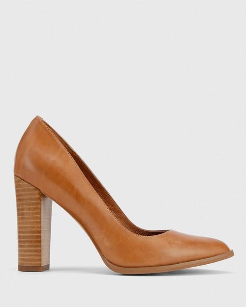 Willa Tan Leather Block Heel Pump. & Wittner & Wittner Shoes